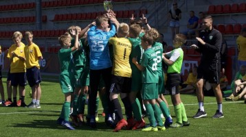Tallinn Cup 2019 youth football tournament is finishing!! Ten participating countries played 10 sets of prizes in fifth age categories!