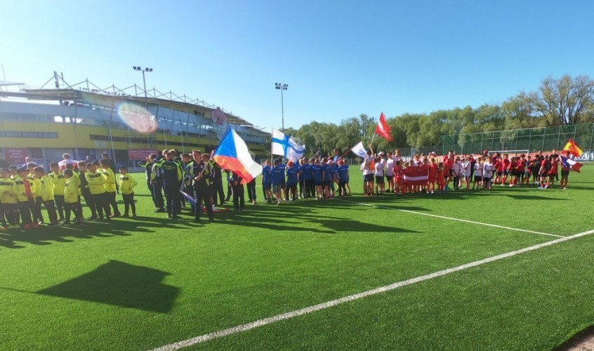 Tallinn Cup 2019 has started today with a group round! Hundreds of boys constantly migrate from one field to another!!